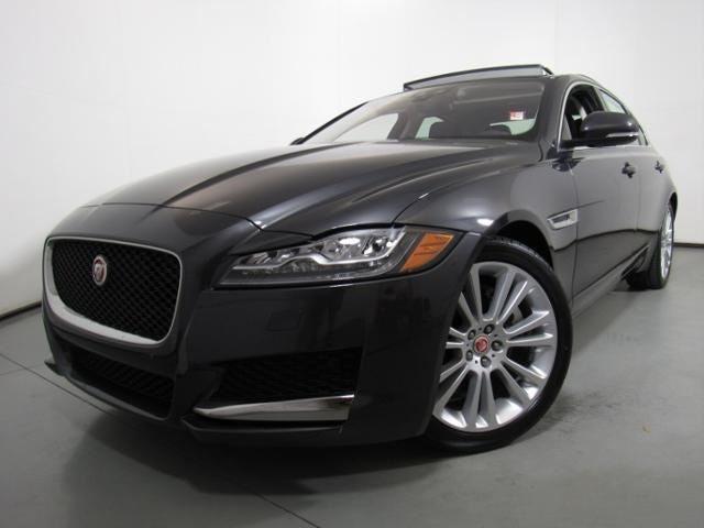new 2018 jaguar xf sedan 20d prestige rwd north carolina sajbe4fn1jcy53903. Black Bedroom Furniture Sets. Home Design Ideas