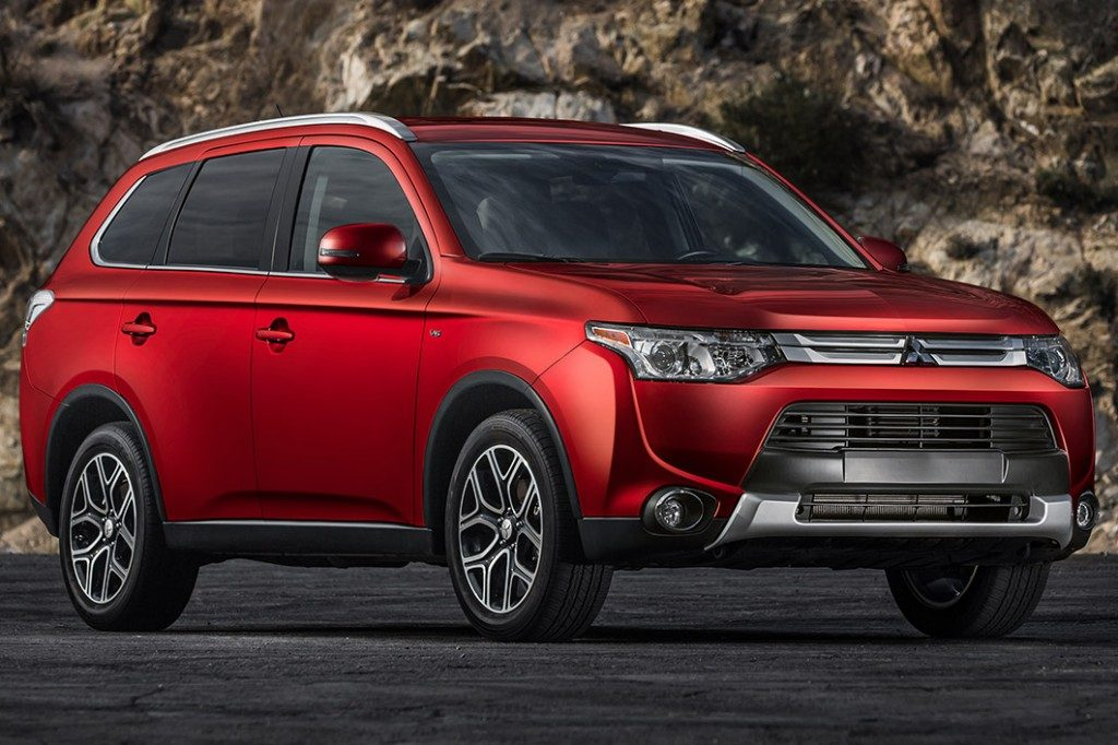 Blog of the Week Review of the 2015 Mitsubishi Outlander