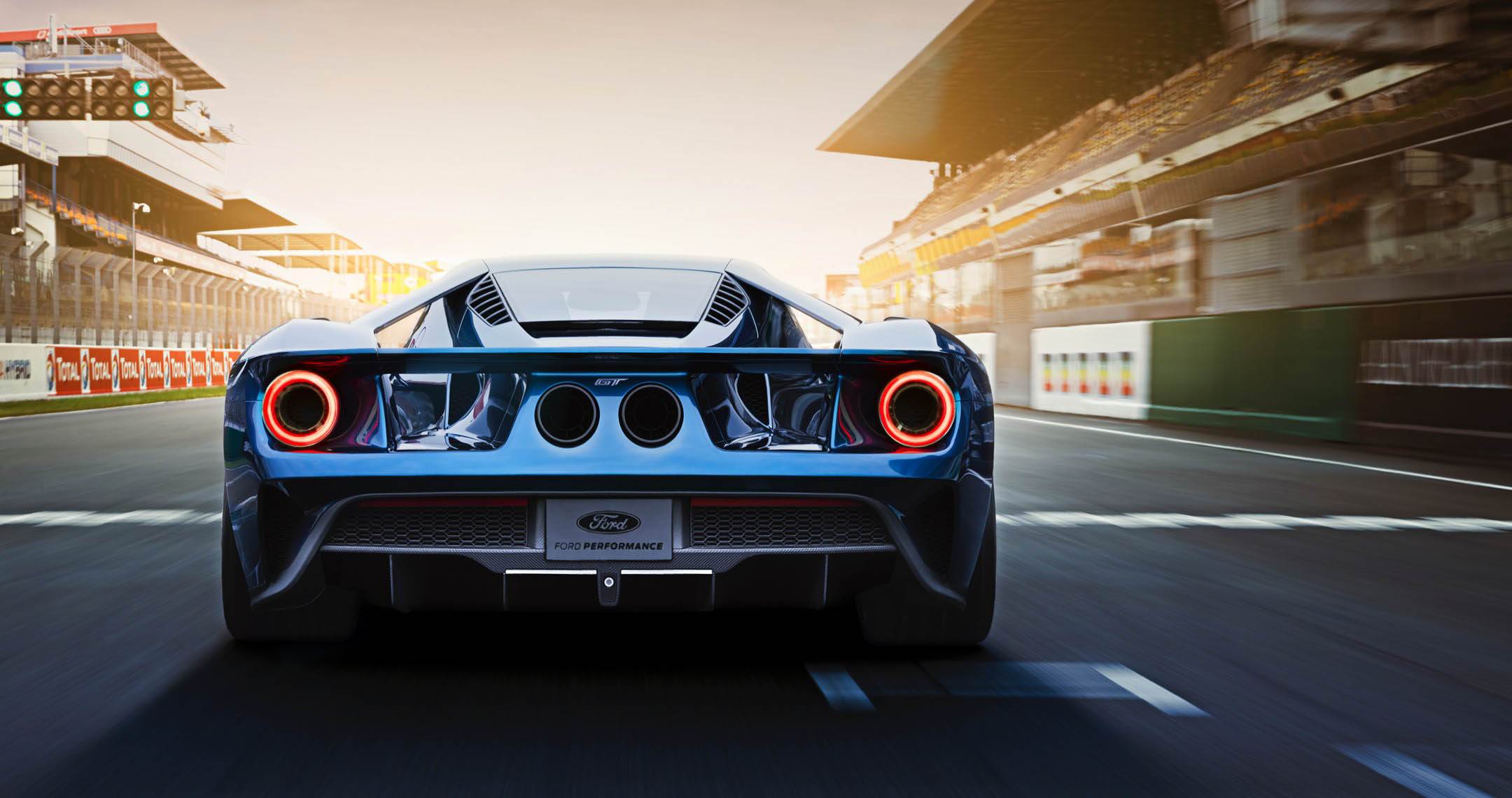 Our Favorite American Built Supercar Returns The Ford Gt